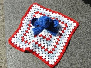 Knuffeldoekje in rood wit blauw